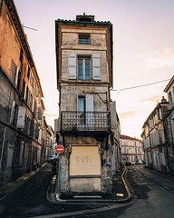 Day 773 - Other than protection from the elements, a bed, and quick access to food and water, one of the best parts about staying in one place is that I don't have to shoot in the harsh midday light. #Theworldwalk #travel #france