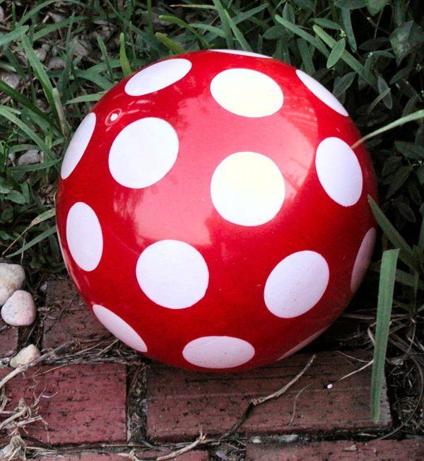 Red White Ball - Sharing