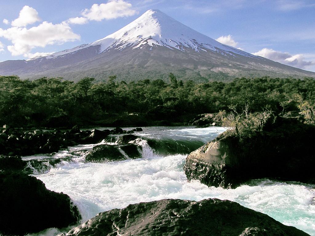 Volcan Osorno Saltos del Rio Petrohue Cruce de los lagos Chile 172