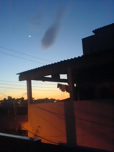 ... e ao amanhecer...