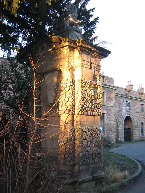 kirkleatham hall gates 2