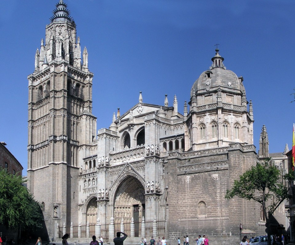 Fachada Catedral de Santa Maria de Toledo 25