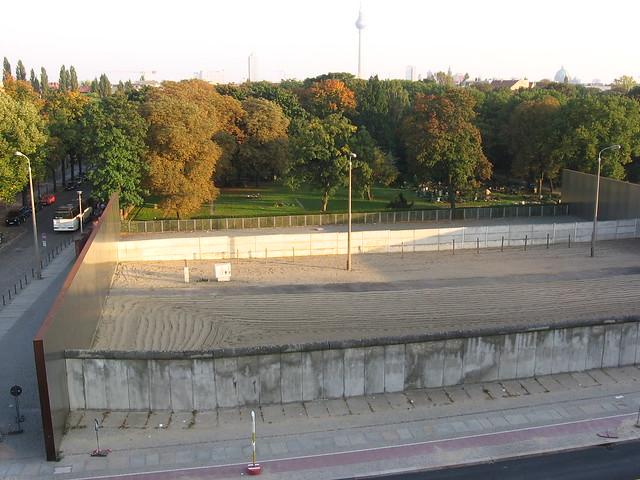 Berlin Wall, Bernauer Strasse, Berliner Mauer, fotoeins.com