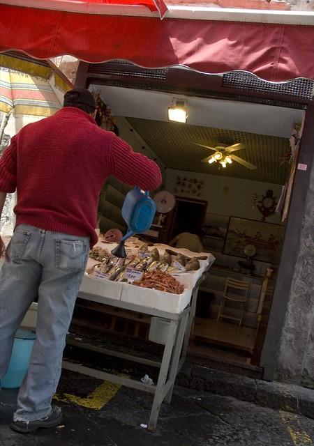 Op de vismarkt in Acireale