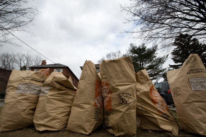 Curbside Yard Waste Collection Begins April 30