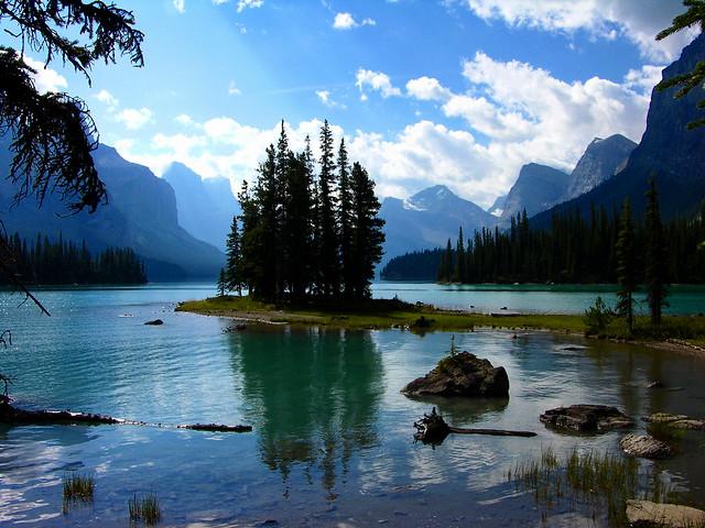 Spirit Island  Maligne Lake Jasper National Park