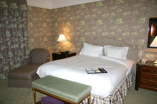 Bedroom, Ritz Carlton in New Orleans