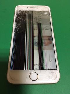 216_iPhone6Sのフロントパネル液晶割れ