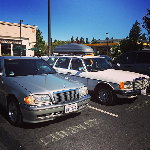 @joshua300td and his dad brought their Benzes to the Mercedes-Benz Club First Sunday Drive! #sacramentosection #firstsundaydrive #mercedesbenz