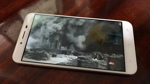 ดูหนังด้วย ASUS Zenfone 3 Max ZC553KL