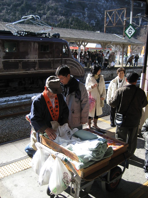 Salling of station lunch at Yokokawa Sta.