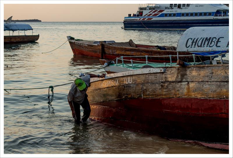 Limpiando el barco