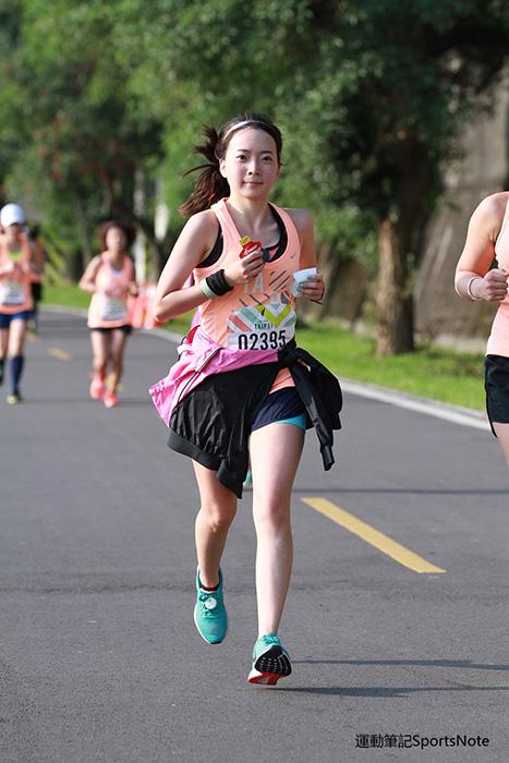 2015.6.22 | 跑腿小妞| 那一年我昏倒的 2015 NIKE #WERUNTPE 女生半馬 女子 WE RUN TPE Taipei 賽事 02