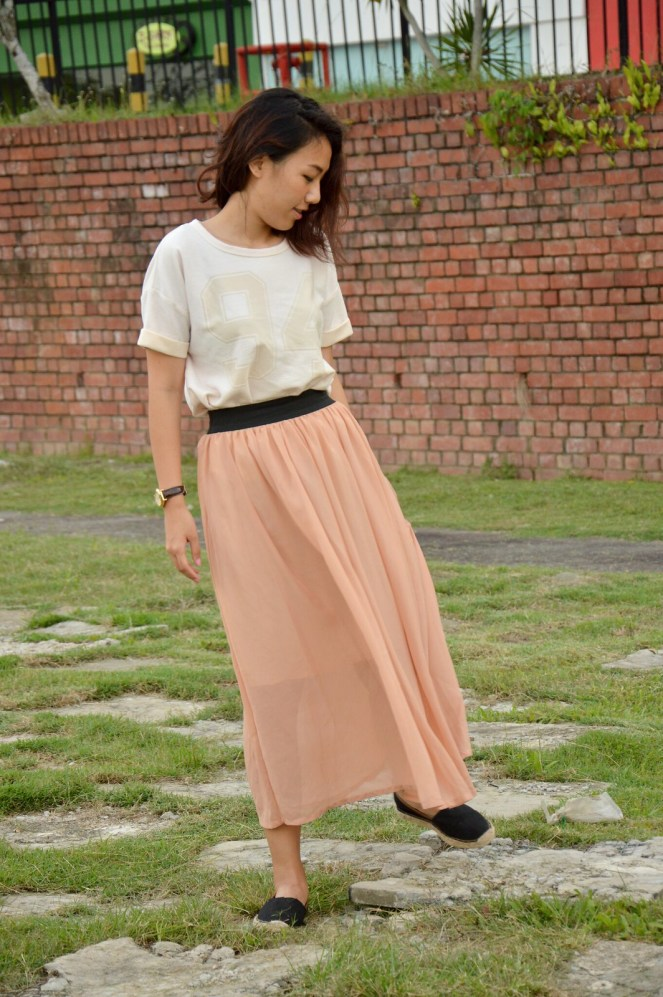 Cotton On jersey top, vintage maxi chiffon skirt, Target espadrilles, fashion, outfit