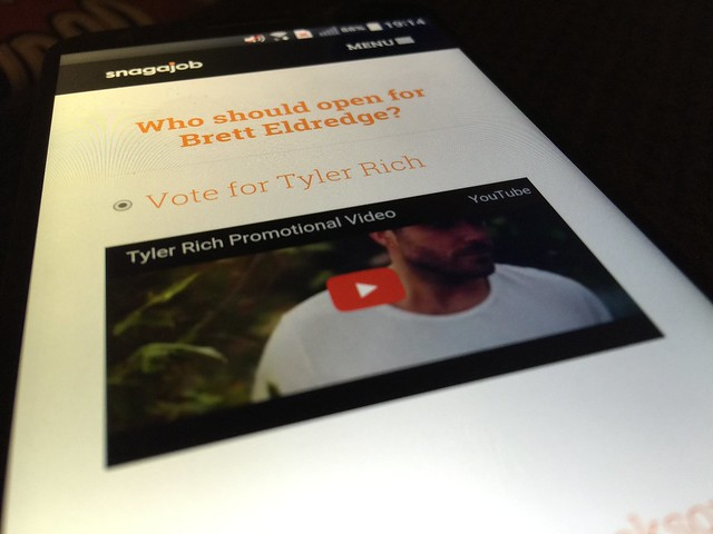 day191: vote for @TylerRichMusic at thehourlygig.com
