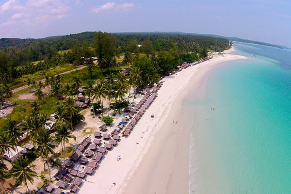 Pantai Trikora_04