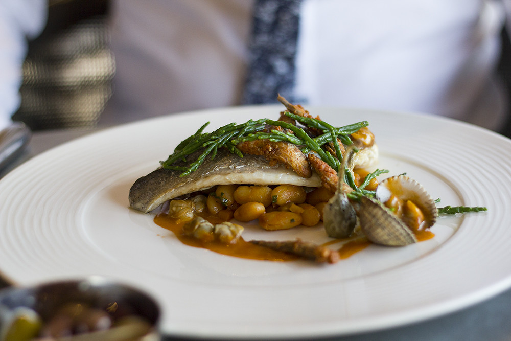 sea-bream-main-menu-honey-manchester