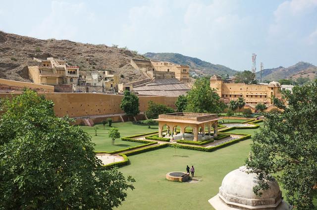 Amer Fort gardens