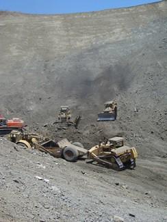 Tajiguas landfill, construction