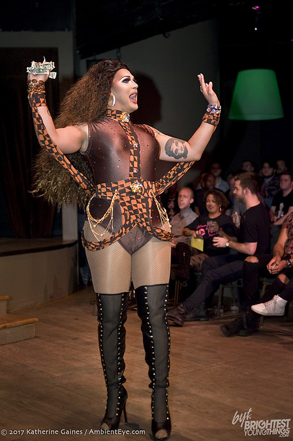 dragshow1-14-10