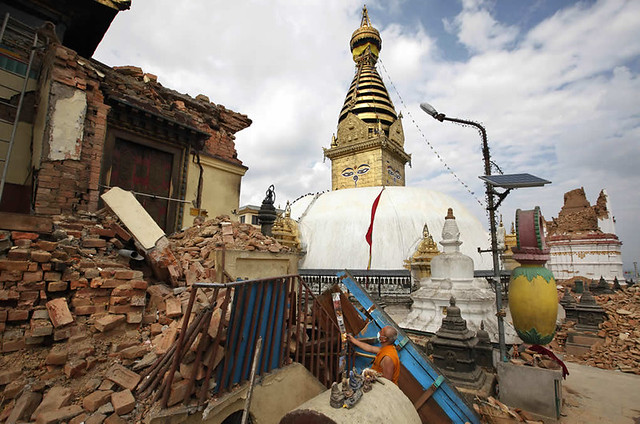 043015-ap-nepal-quake-buddhist-temple-img