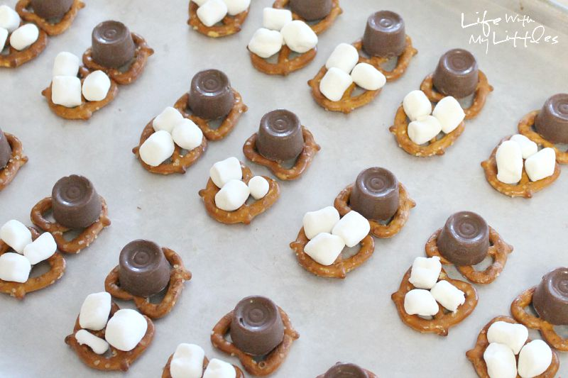 Homemade cockroach clusters just like from Harry Potter! The perfect candy dessert for your next Harry Potter party!