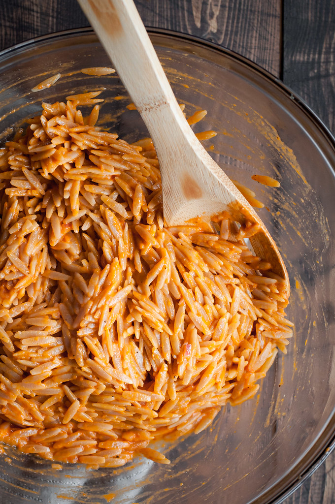 Orzo with vegan fresh tomato dressing