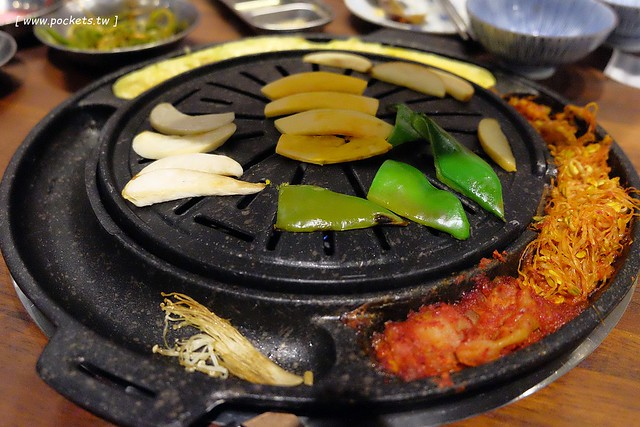 31494120102 474c2417a9 z - 滋滋咕嚕쩝쩝꿀꺽韓式烤肉專門店:藝人納豆開的韓式烤肉店(已歇業