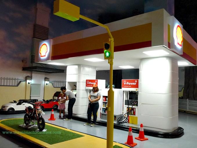 kidzania shell gas station