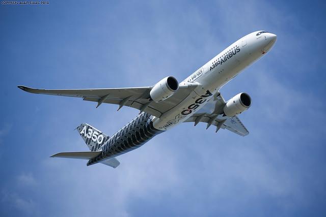 Paris Air show 2015 Airbus A350 (Validation flight)