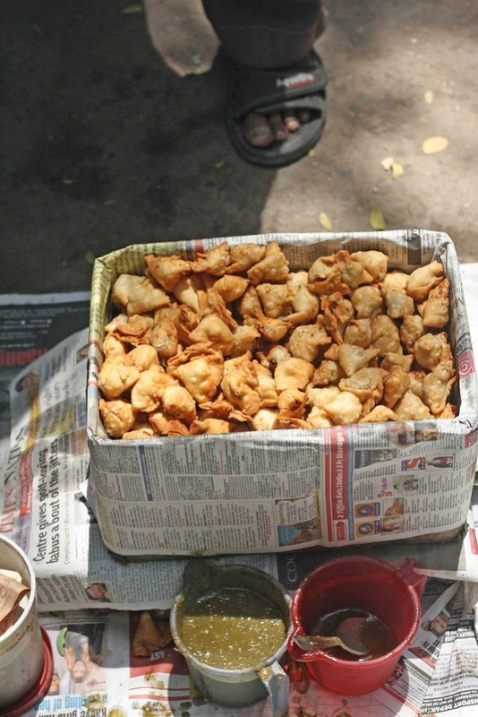 City Food – Samosa, Delite Cinema & Scindia Lane