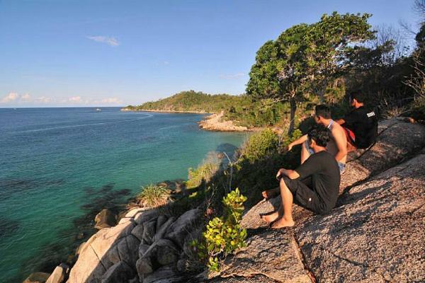 Pulau Mapur 1