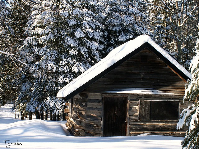 Winter Cabin / http://www.flickr.com