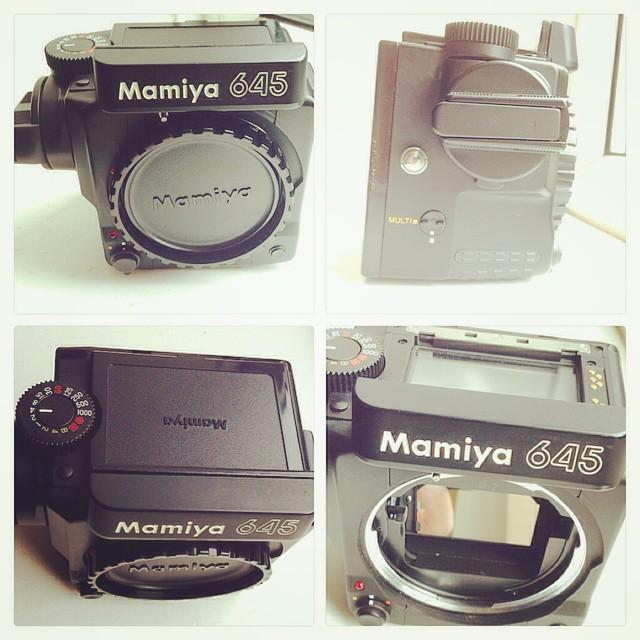 New camera body arrives for my Mamiya 645 system. Current camera body has focusing issues. 📷☺️👍 #mamiya #mamiya645super #mediumformat #filmcamera #645 #ilovefilm #ishootfilm #filmrocks #filmisnotdead www.MrLeica.com ..one of my all