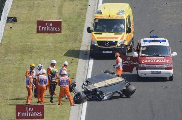 'Checo' Pérez sale ileso de aparatoso accidente en Hungría