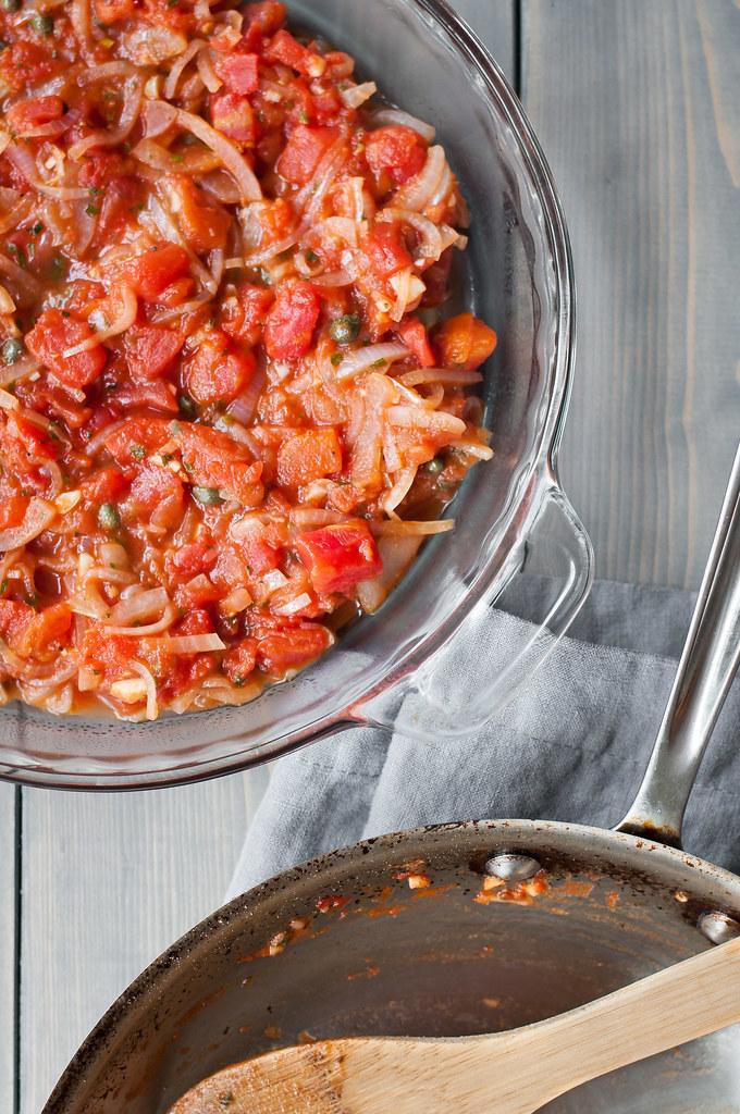 Tomato sauce for Greek cauliflower bake