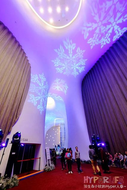 台中歌劇院聖誕燈光秀 (18)
