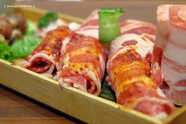 31525102851 9a0fb2fa29 z - 滋滋咕嚕쩝쩝꿀꺽韓式烤肉專門店:藝人納豆開的韓式烤肉店(已歇業