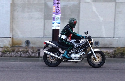 kamenrider going around the bay area