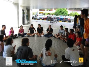 16062003 - FOC.Official.Camp.2003.Dae.1 - Persianz.Playin.IceBreakers - Pic 3