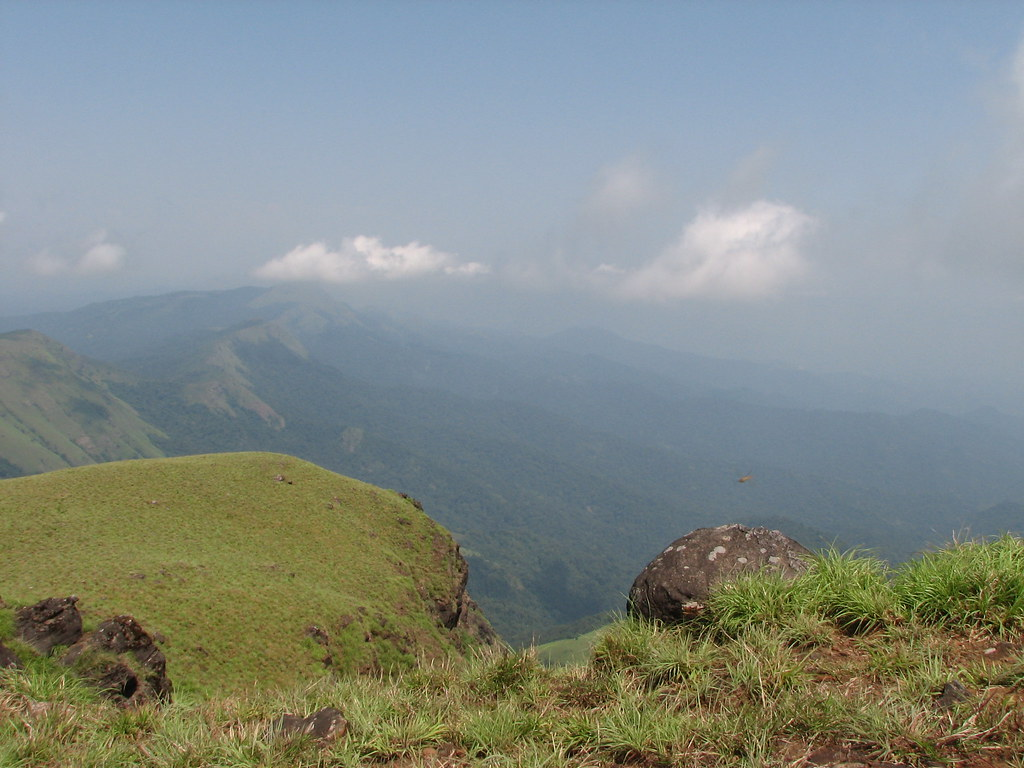 Tadiyendamol Peak
