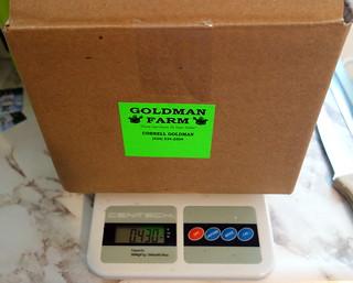 Weight of empty fruit box