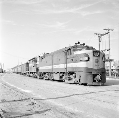 [Missouri Pacific, Diesel Electric Freight Locomotive No. 389]