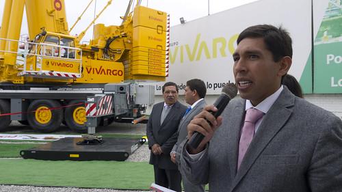 Grupo Vivargo presenta moderna grúa Liebherr LTM 1500