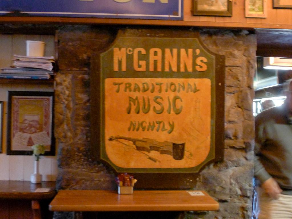 McGann's Pub-004