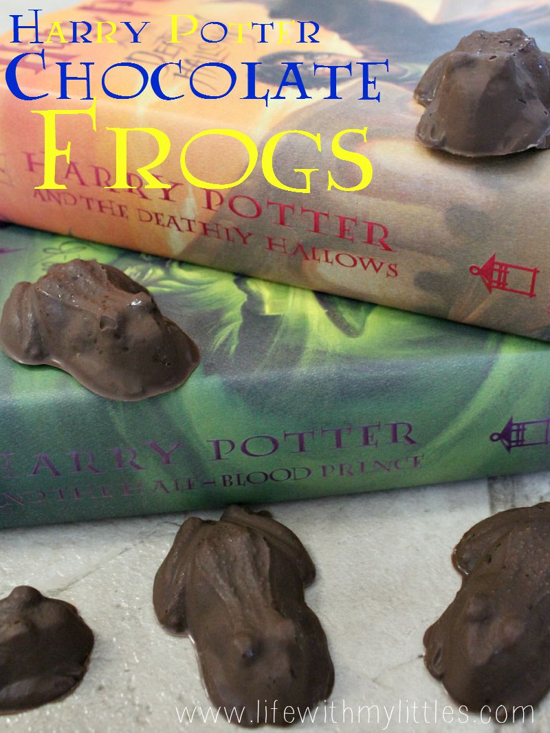Homemade chocolate frogs just like from Harry Potter! The perfect candy dessert for your next Harry Potter party!