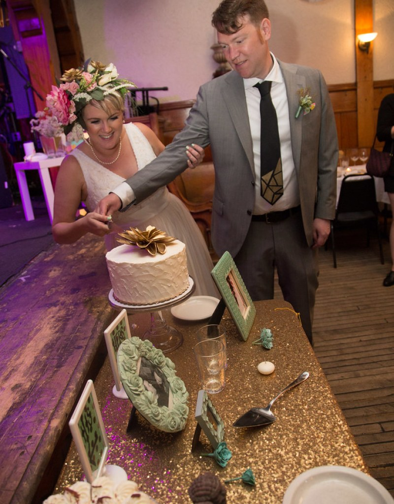Gold, succulents, and rock 'n' roll at this geometric wedding on @offbeatbride