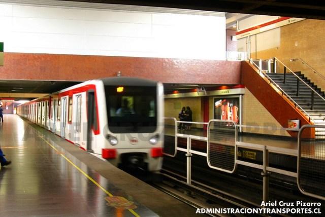 Metro de Santiago - CAF NS2007 N2107 - San Pablo (L1)