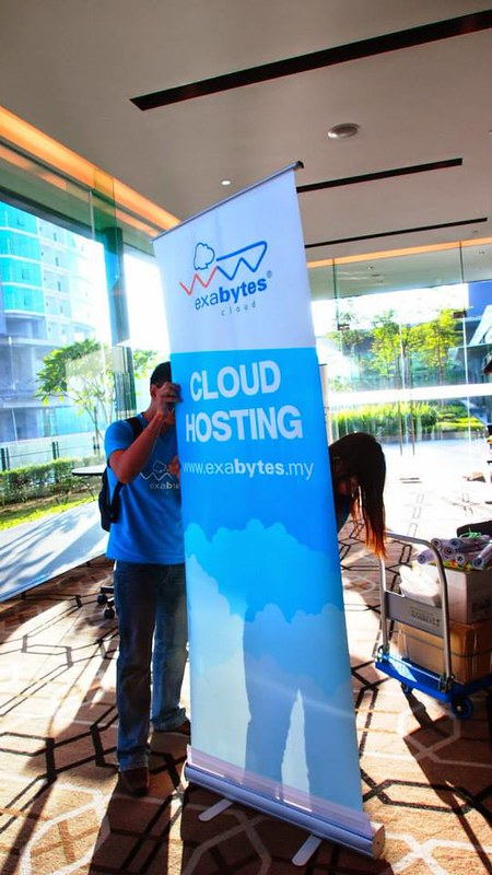 Successful Cloud Business Model with Exabytes (14)