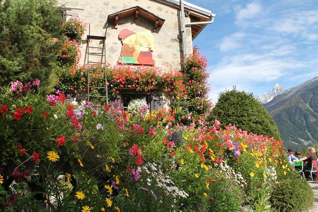 chalet la floria building chamonix france